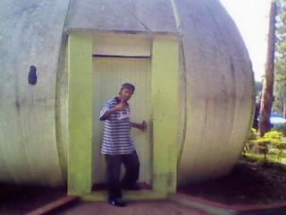 Walter Limonada em frente de casa !!!!